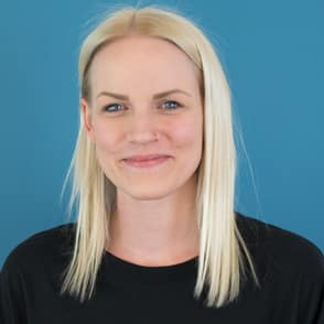 Mitarbeiterin: Lena Hofmayr, Position: Head of Social Media